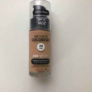 Revlon Colorstay Foundation 260 Light Honey